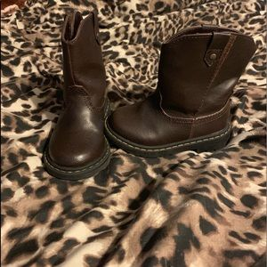 Baby boots size 6